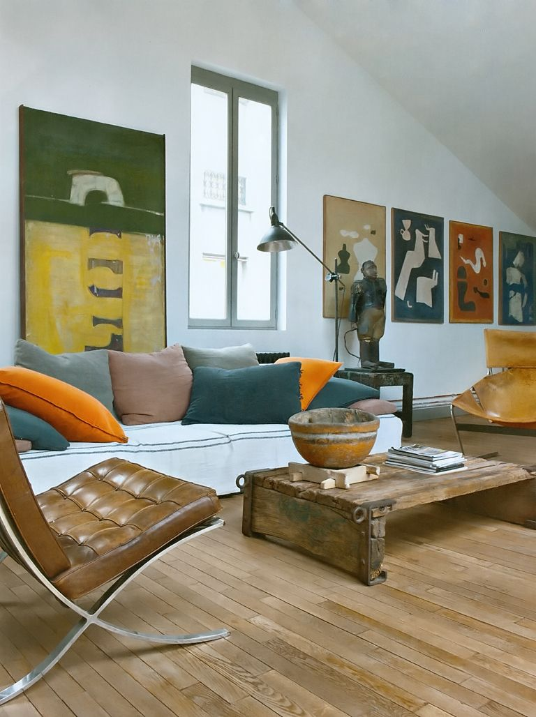 Living room with barcelona chair design michel peraches eric miele photo nicolas matheus for Barcelona chair living room ideas