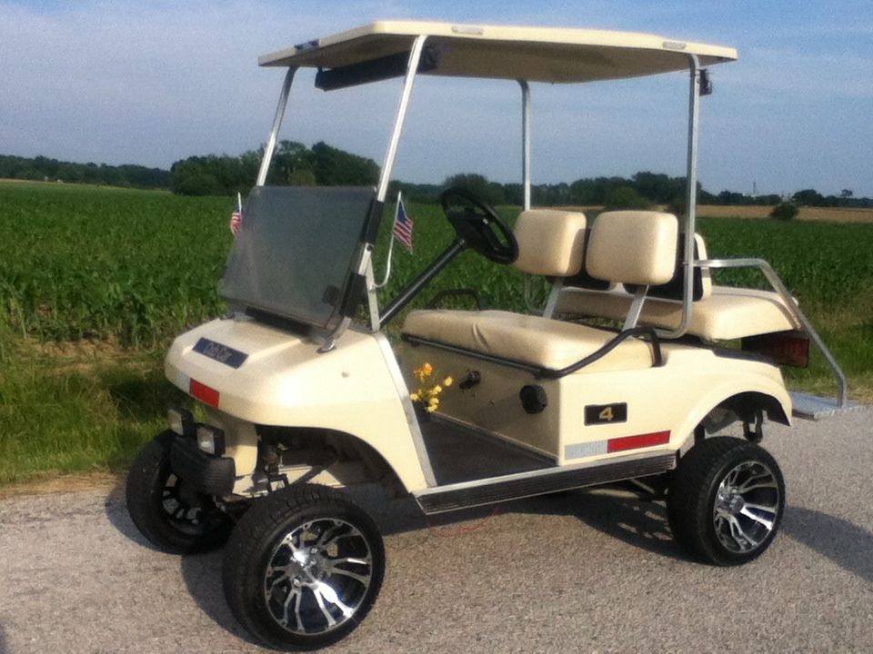 1996 Club Car Ds With A 6 Inch Lift Kit And 12 Inch Rims Dream