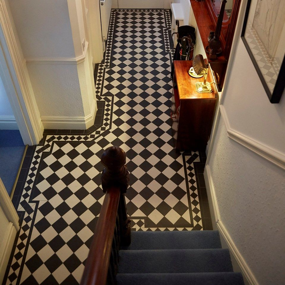 Dorchester pattern with a xx border | Fliesen | Pinterest ...