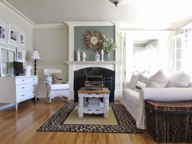 Strange Charming Elegant Cottage The Wicker House Living Room Interior Design Ideas Truasarkarijobsexamcom