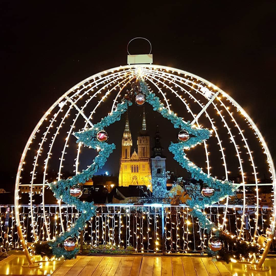 Adventzagreb By Andrea Bakovicc Even If You Can T Make It To The Zagreb Tonight You Can Watch Live From Advent Zagreb Best Christmas