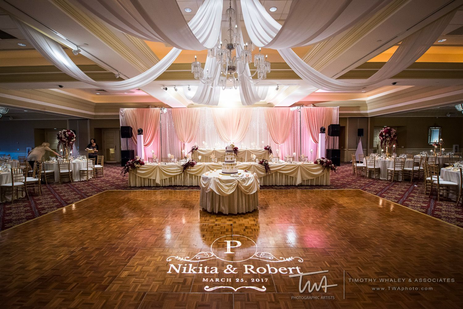 Twa Weddings At Bolingbrook Golf Club Click The Picture To Visit Our Website Wedding Photography Chicago Pinterest