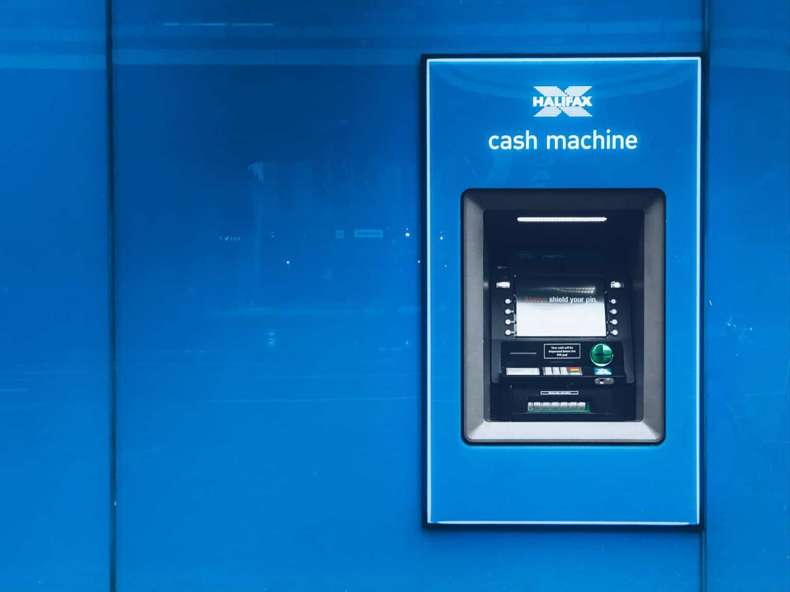 State Bank Of India Offers Visit Offer In 2020 Consulting Business Cash Machine Managing Finances