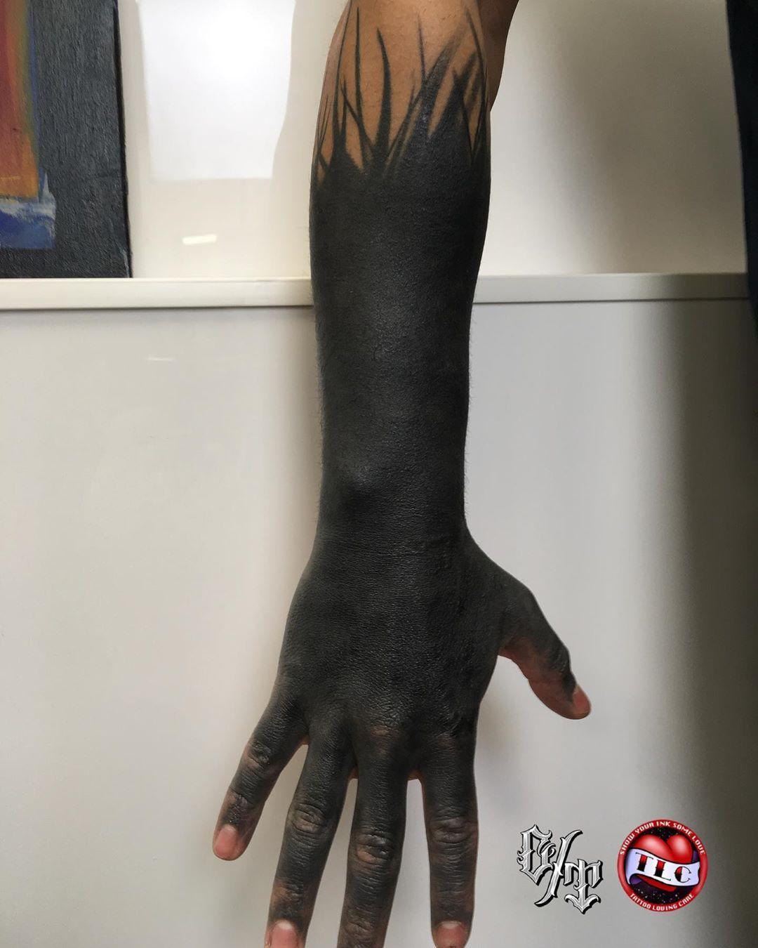 Blackout Healed Art Belfast Belfastcity B Hand Tattoos Belfast Tattoo Blackout Tattoo