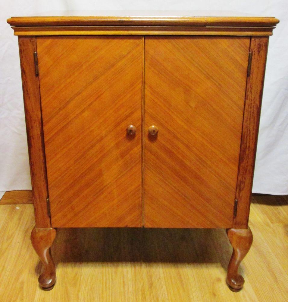 Antique v.h.t.f. singer sewing cabinet #48 - Antique V.h.t.f. Singer Sewing Cabinet #48 Sewing Cabinet And