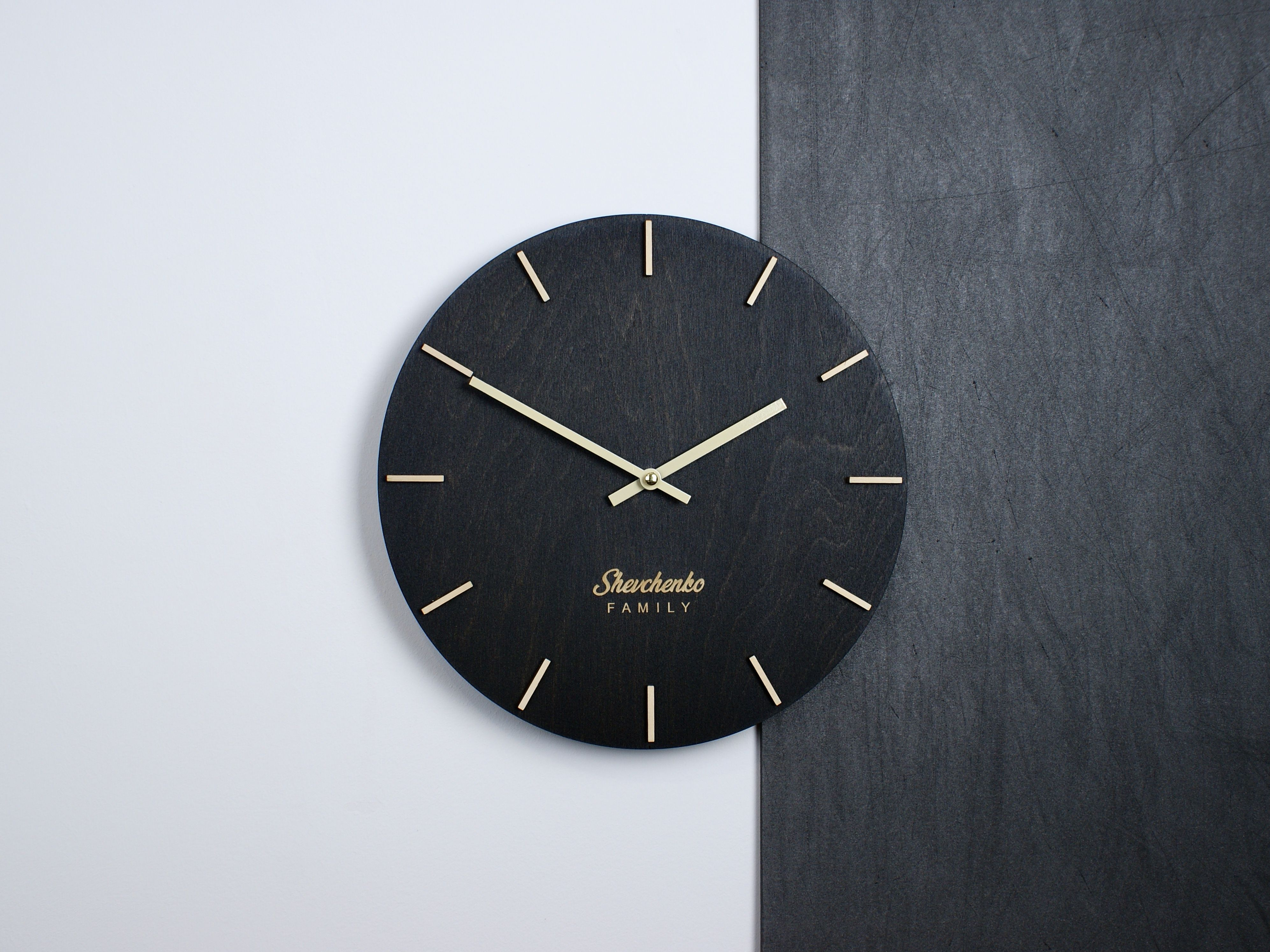 Personalized Wall Clock Wood Silent Custom Kitchen Farmhouse Modern Clock Minimalist Vintage Industrial Wooden Small Round 10 12 14 16 Inch In 2020 Personalized Wall Clock Wood Wall Clock Wall Clock