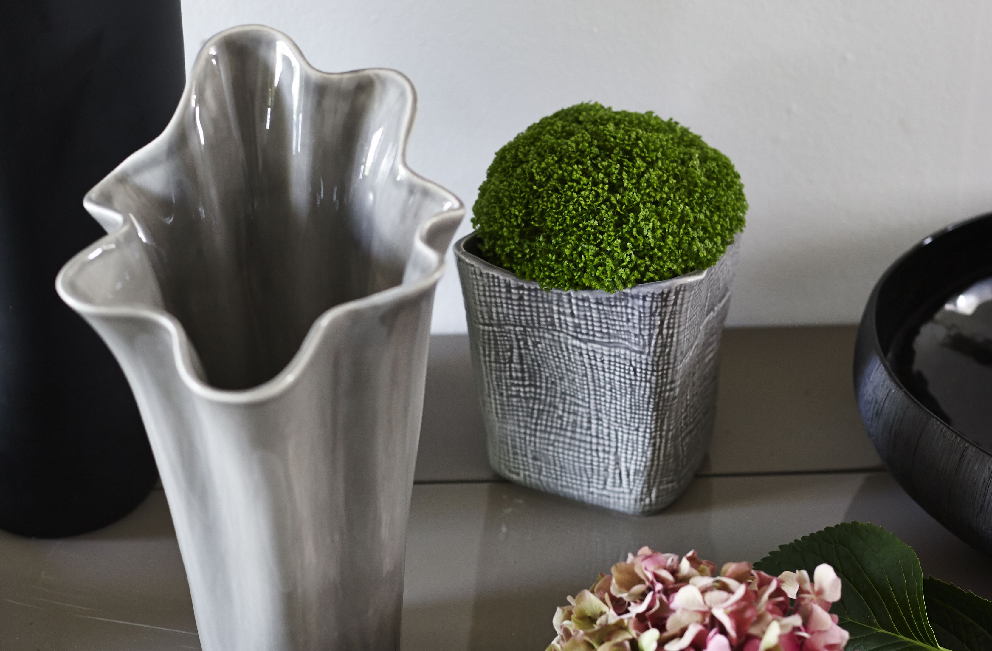 With a unique woven appearance the kate vase is a beautiful blend with a unique woven appearance the kate vase is a beautiful blend of tones and reviewsmspy