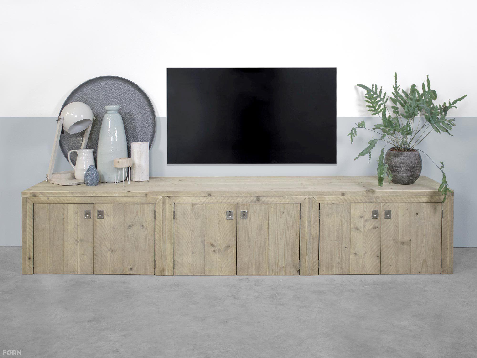 Bauholz TV Schrank mit Türen - Bauholz TV Möbel & Bauholz Design ...
