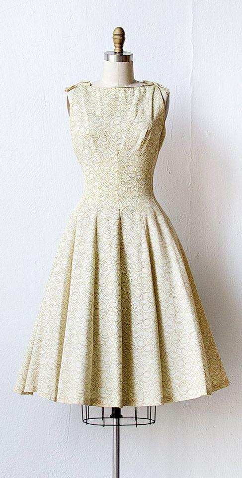 vintage 1950s dress | vintage 50s dress | #1950s #gold