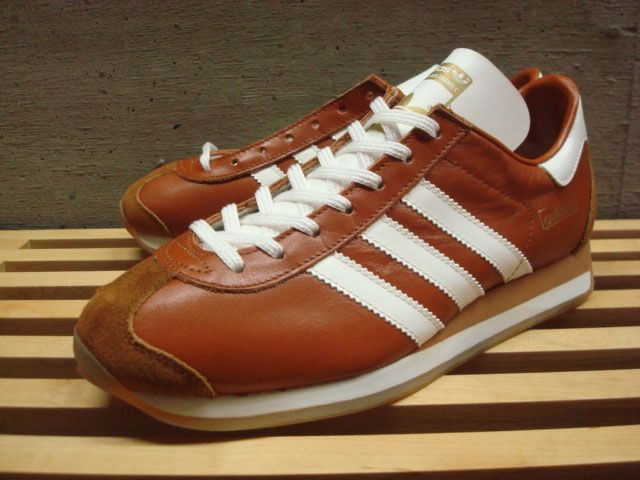 Adidas Country . Made in Japan from Kangaroo Leather 2001