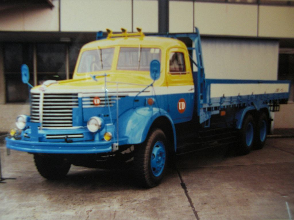 Nissan Diesel TW11 NISSANUD Classic Japan Truck 50's
