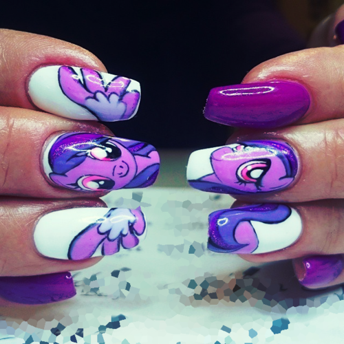 Lil' Pony Nails