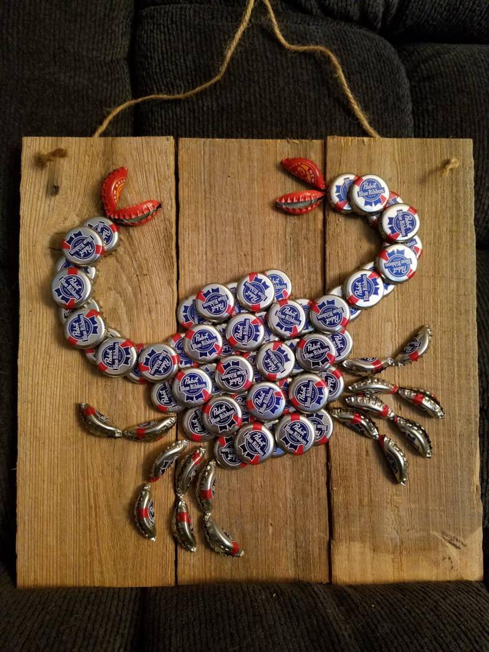 Beer Cap Crab Etsy Bottle Cap Crafts Bottle Cap Art Beer Cap Art