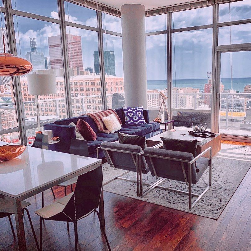 Chicago apartment in the South Loop with wraparound views ...