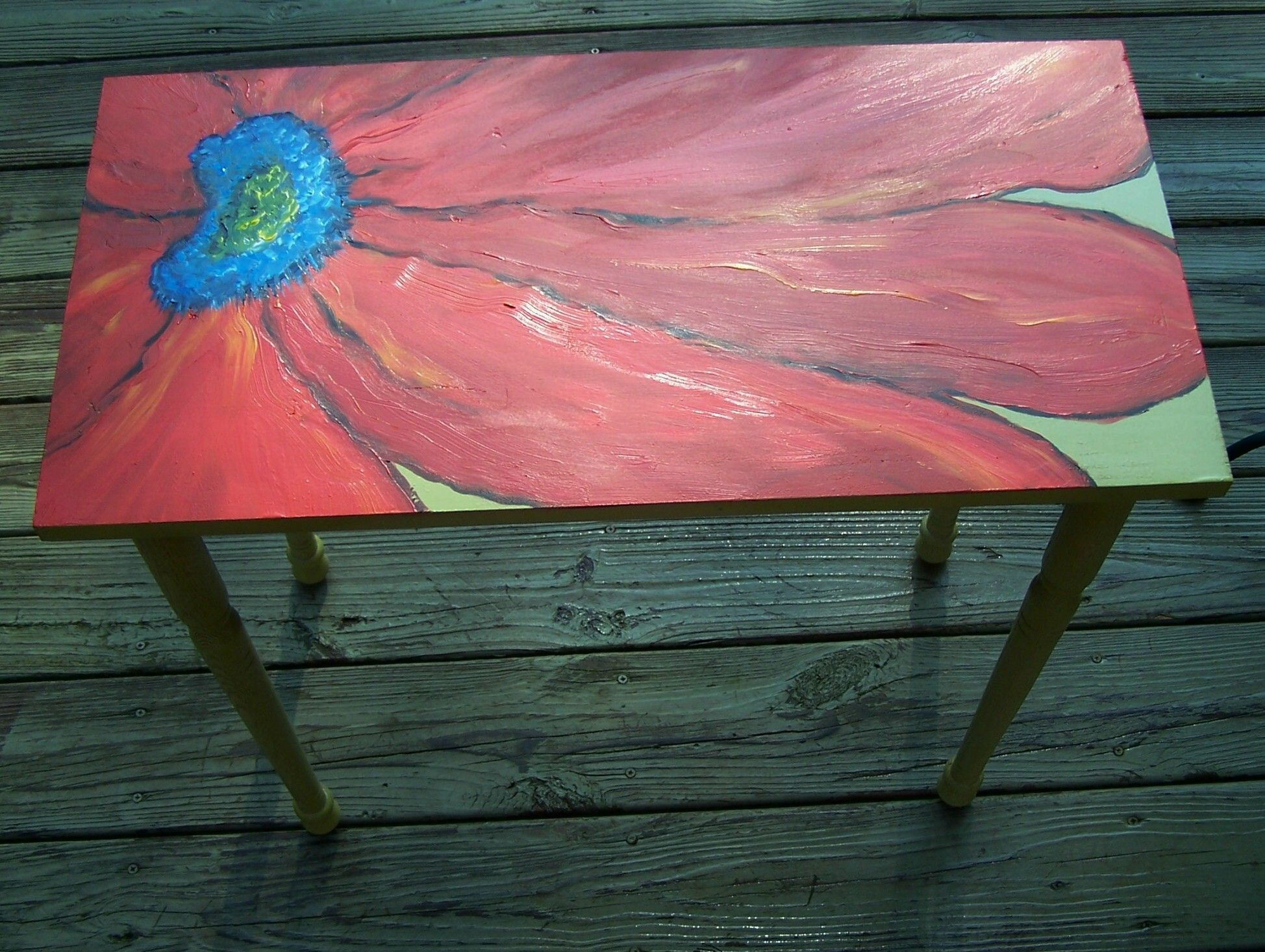 Abstract flower painted table top. Abstract flower painted table top   Hand Painted Furniture
