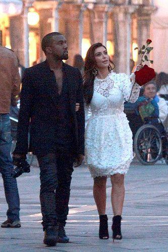 Pin By D Cochrane On Celebs Kim Kardashian And Kanye Kim Kardashian Kanye West And Kim