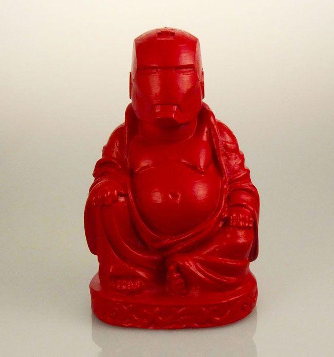 Buda ou seus heróis e vilões favoritos? Essa é a ideia de Chris Milnes, que misturou esses personagens e criou pequenas estátuas a partir de impressão 3D.
