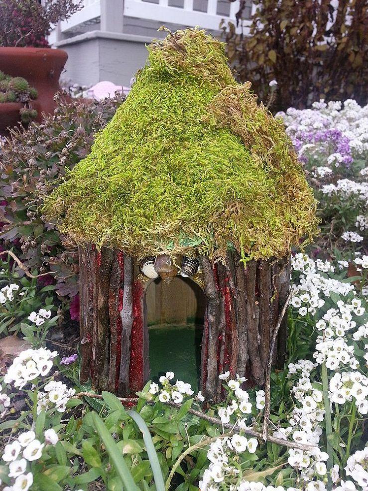 Gnome In Garden: Home Made Fairie Houses