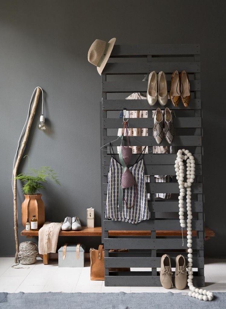 Paletten Garderobe Anleitung garderobe aus paletten selber bauen - anleitung und ideen | diy