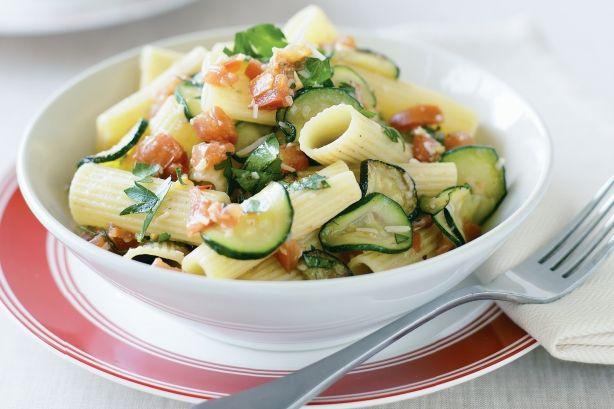 Zucchini, tomato & chilli rigatoni