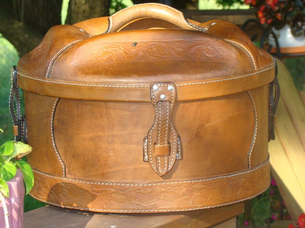 Vintage Dobbs Hat Box With Felt Cowboy Hat Felt Cowboy Hats Dobbs Hats Vintage Hat Boxes