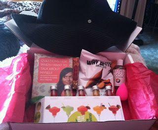 PopSugar Must Have Box - May 2013 Review! Loving this box.