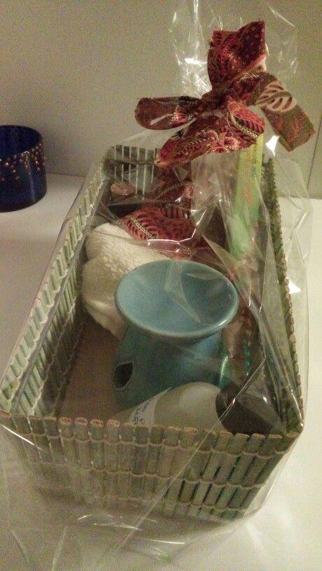 Kit relaxante - oleo de massagem de lavanda, toalha de lavabo, incenso, difusor + vela e oleo aromatizador de ambiente para aromatizador