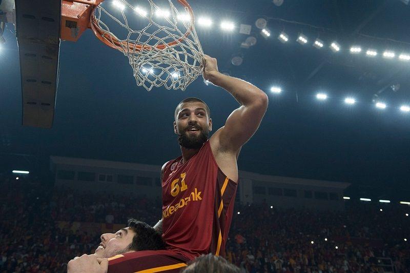 Goksenin Koksal - Galatasaray Odeabank Istanbul is Eurocup Champ 2015-16 - Eurocup Finals 2016 - EB15
