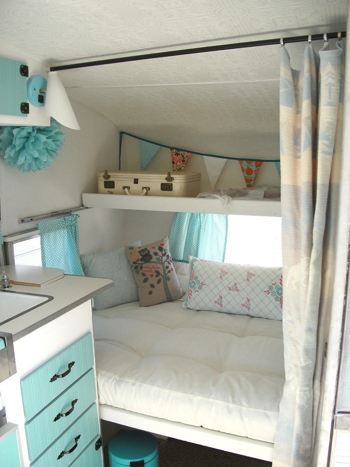Top 15+ DIY Camper Interior Remodel Ideas You Can Try Right Now #interiorremodel
