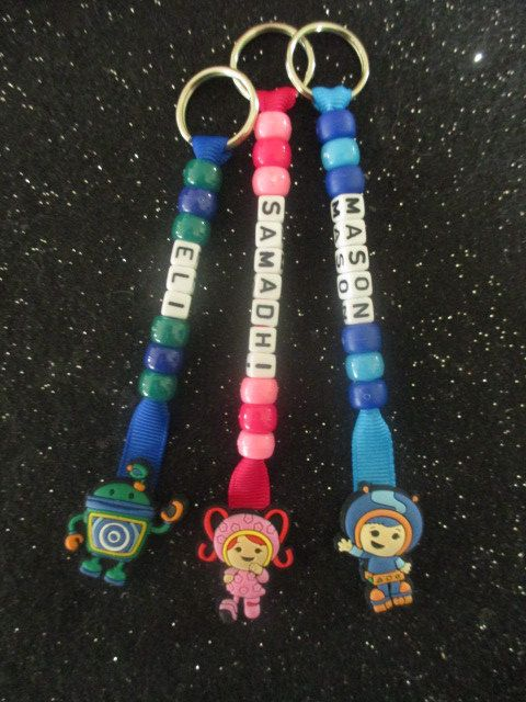 PERSONALISED MY LITTLE PONY BEADED KEYRINGS//BOOK BAGTAGS NAME //PARTY//SCHOOL vg