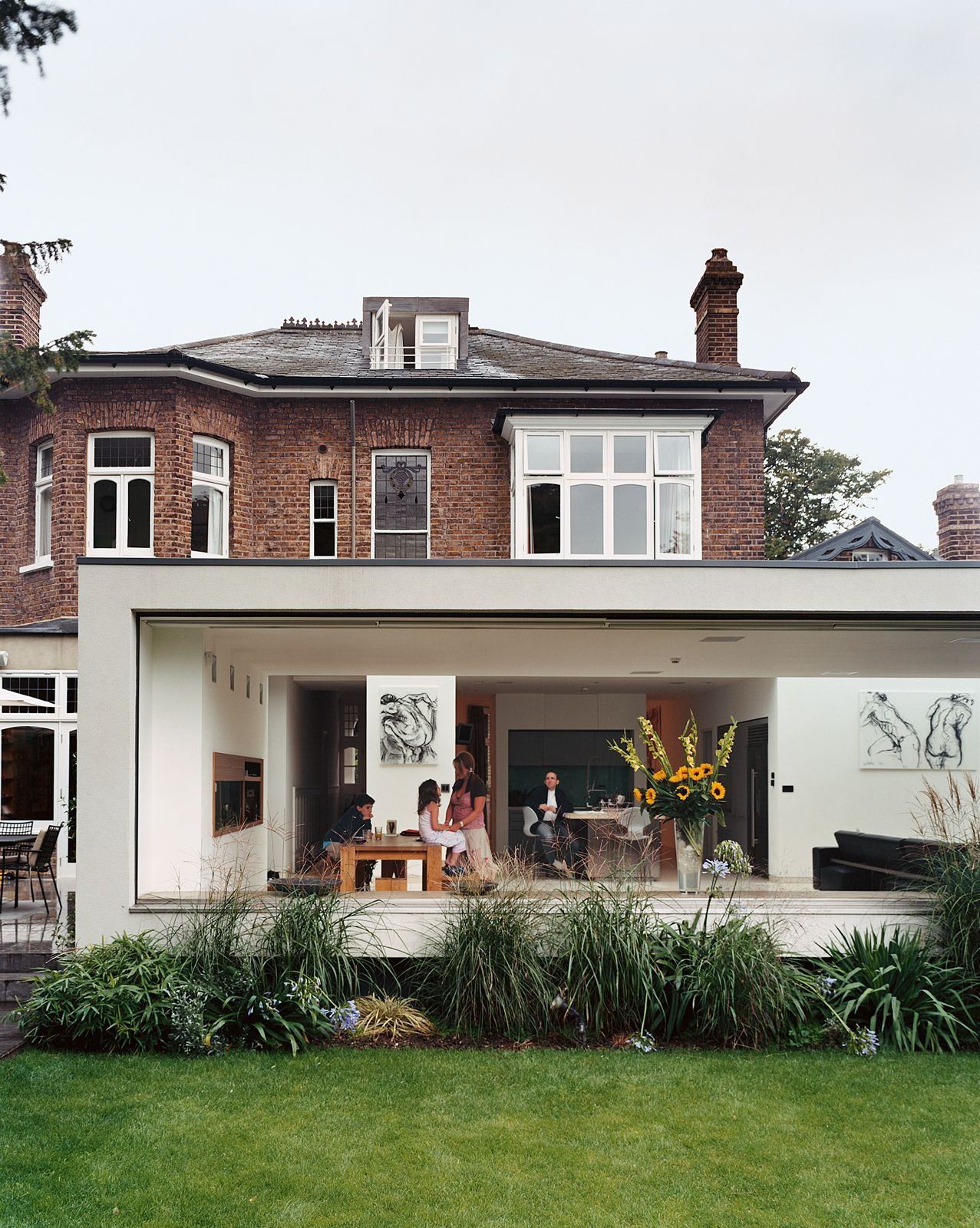 Slideshow Victorian Secrets Dwell Traditional House Modern Extension Architecture
