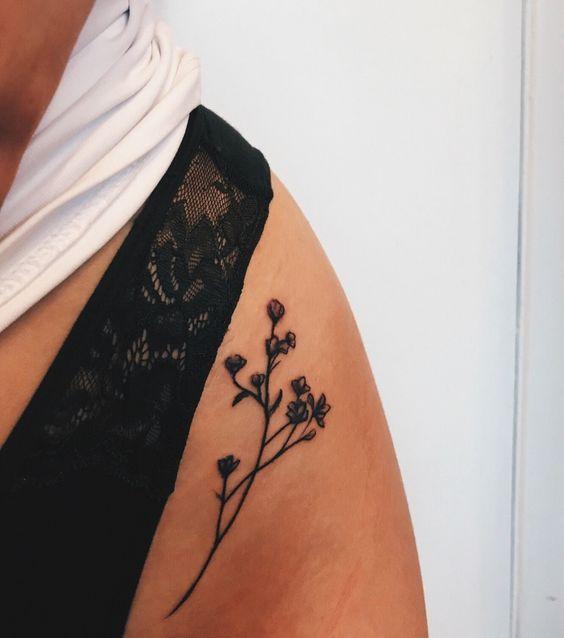 Sexy tattoo idea #tattoosandbodyart
