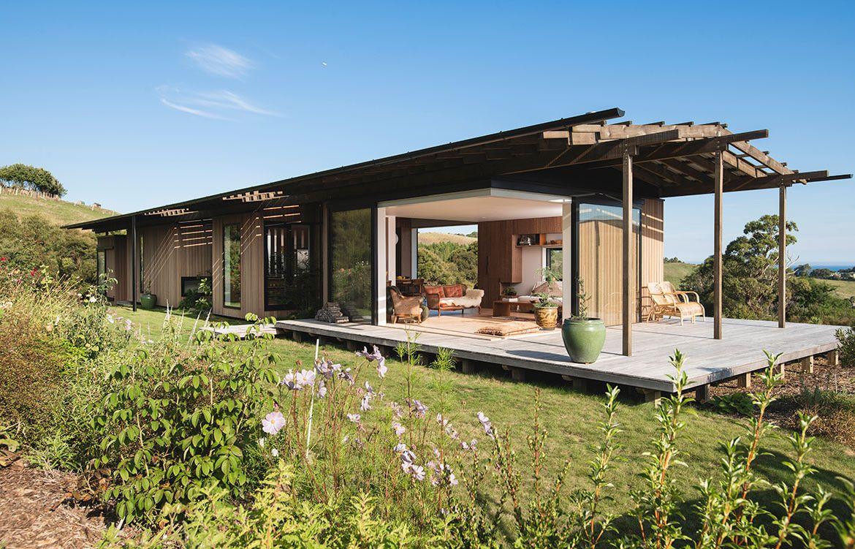 Huru House Beautiful roofs, Architecture, New zealand