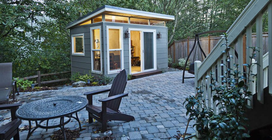 Prefab studio from Seattle company 10 x 12 lap siding extended
