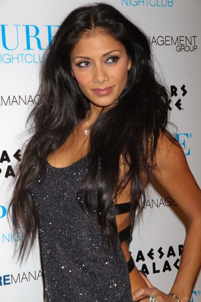 Nicole Scherzingers sleek, straight hairstyle