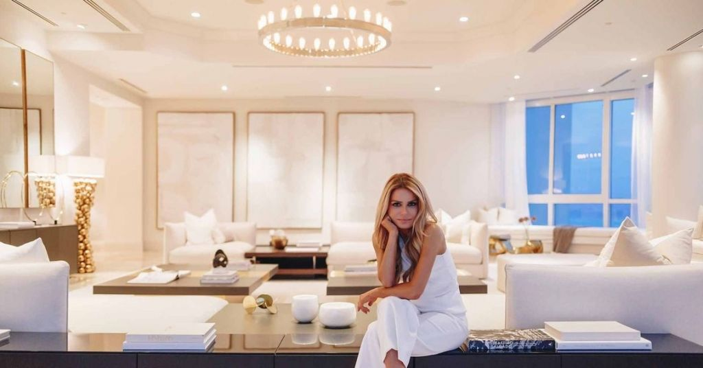 A Celebrity Home Stager Reveals The Art Of Decorating Celebrity