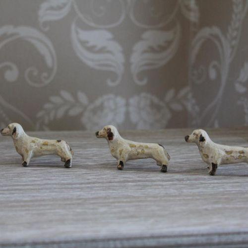 Metal-cream-distressed-miniature-dachshund-dog-door-drawer-handle-knob-furniture
