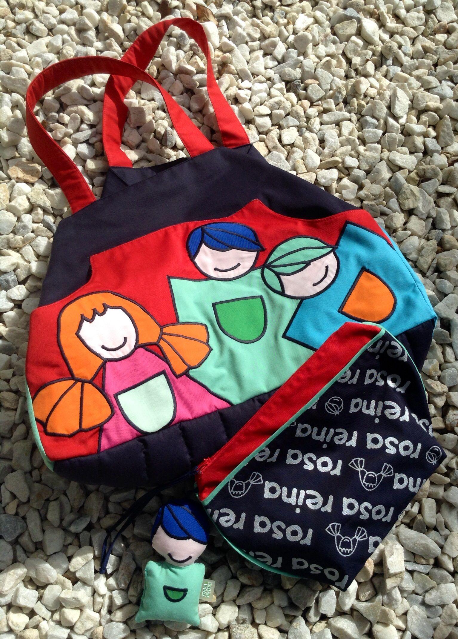 Neceser y bolso personalizado. #rosareina #personalizado #centrosinfantiles #diseño #bolsos