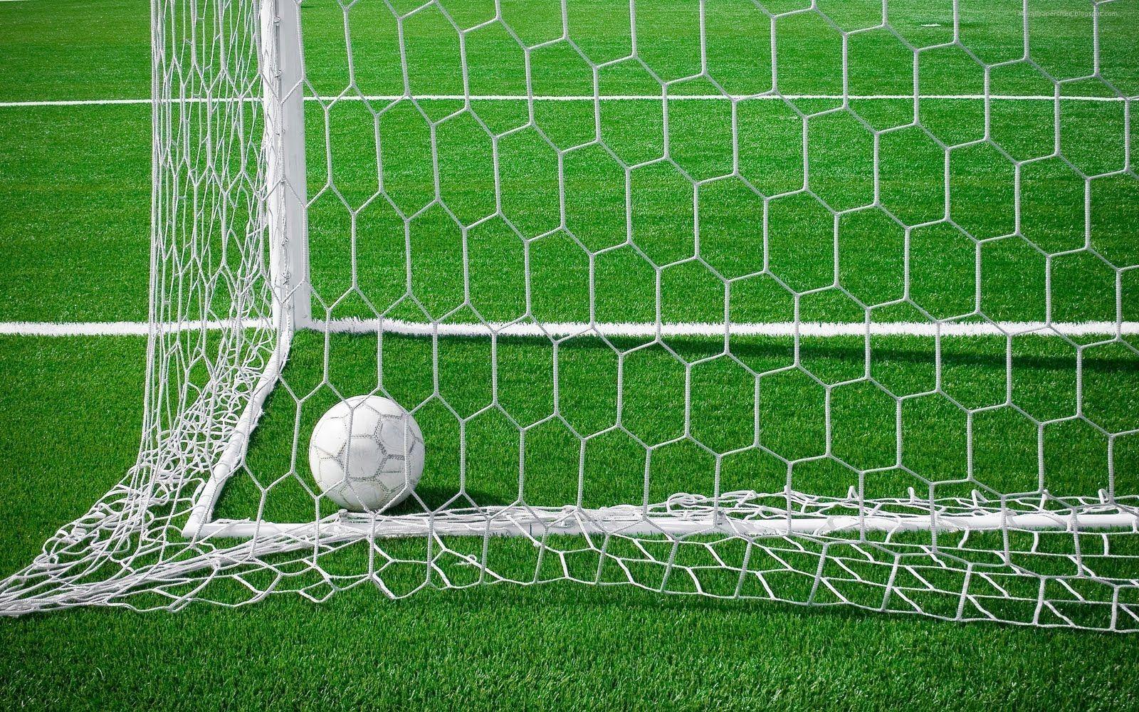 Soccer Ball Goal Hd Wallpaper Android Arco De La Cancha De Futbol Balon Football Pitch Soccer Field Soccer