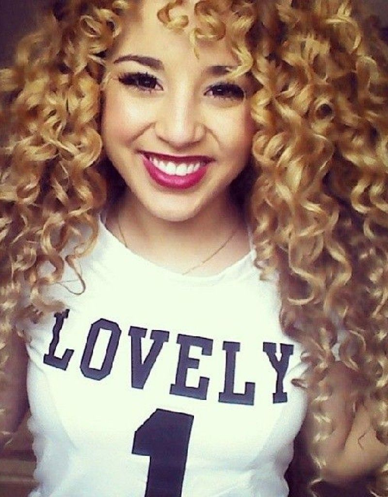 Hairstyles For Curly Hair To School Things To Wear Pinterest