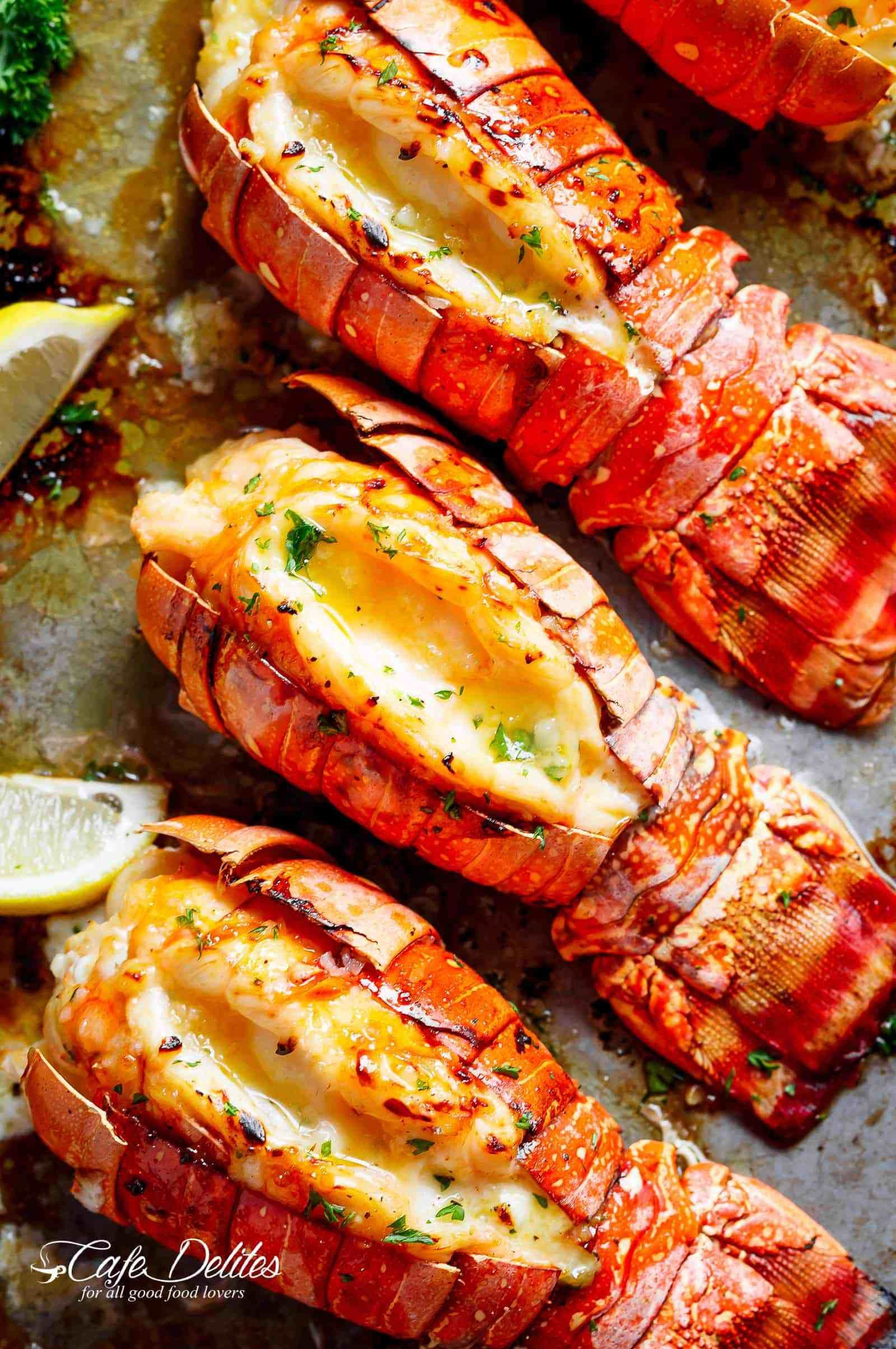 Broiled Lobster Tails With Honey Garlic Butter White Wine Sauce Is A Fancy Classy And Best Of All Easy To Make Recipe Ready In U Cooking Recipes Food Recipes