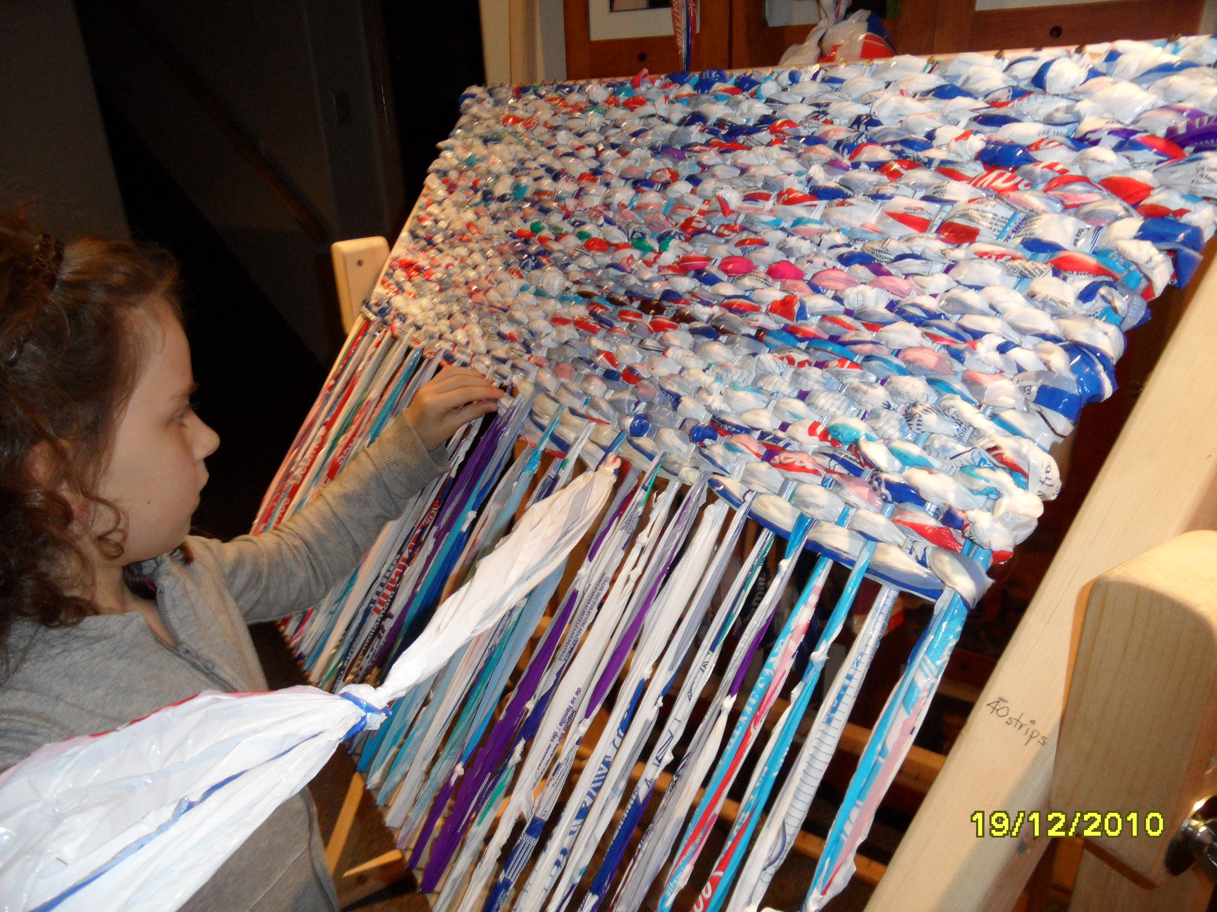 Milk Bag Mats Great Charity Project For A Class Or School Plastic Bag Crafts Recycled Plastic Bags Plastic Bag Crochet