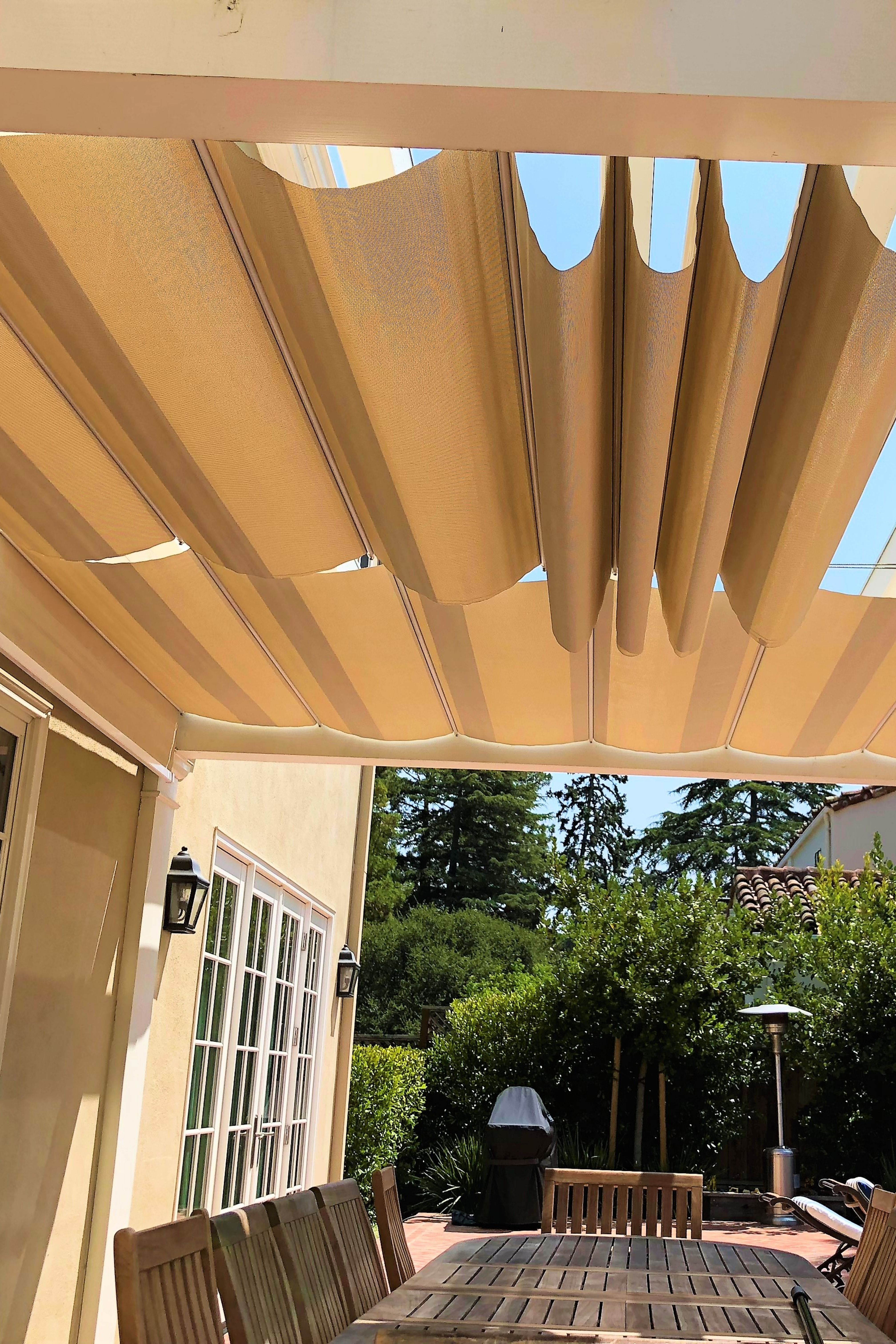 These Are Made From The Top Grade Sunbrella Marina Waterproof Fabrics With 100 S Of Available Colors Pergola Shade Cover Canopy Retractable Pergola