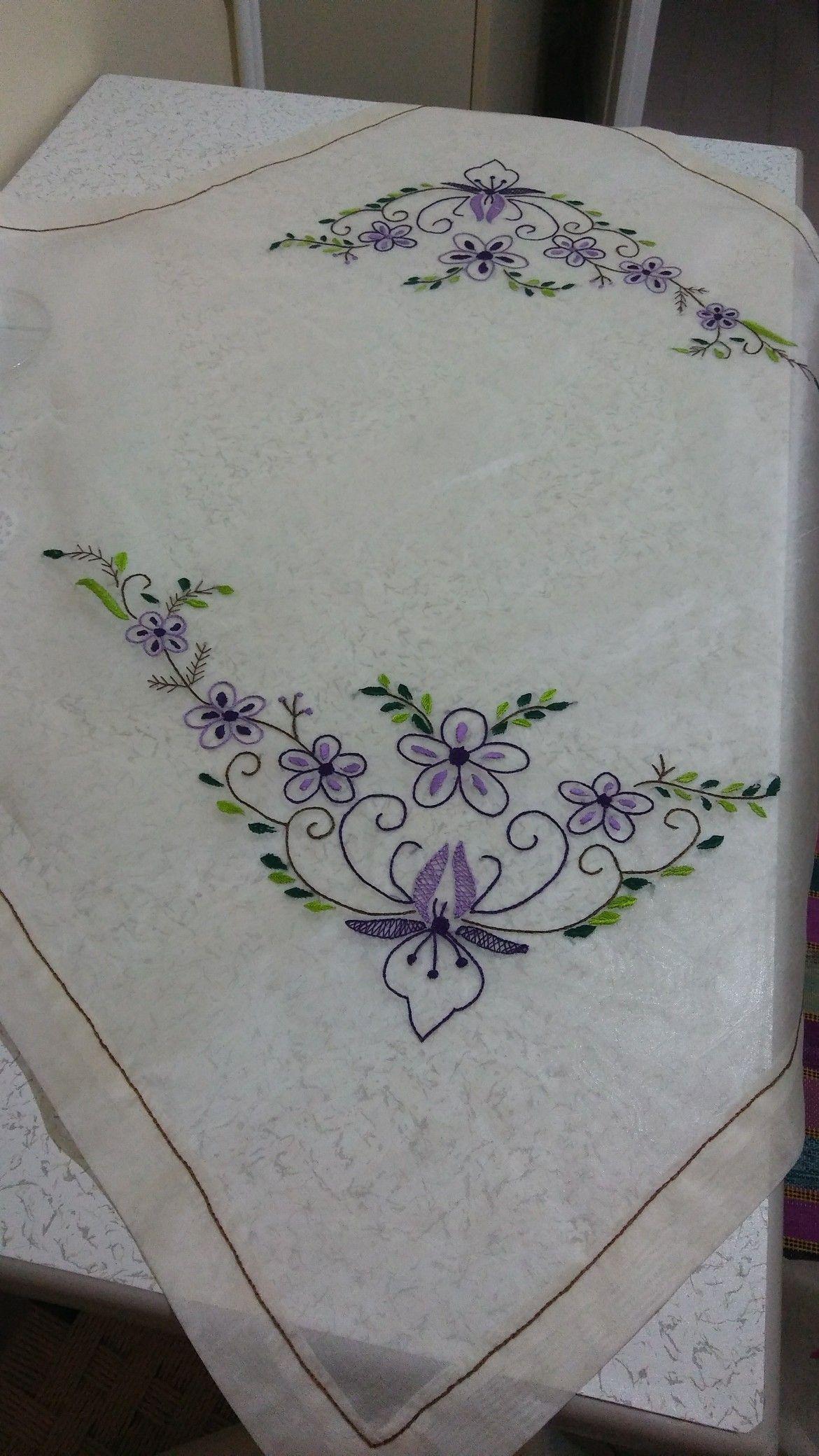 Pin by neriman Özkartal on ellerimde çiçekler in pinterest