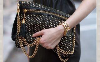 ♥ Me encanta este #bolso de tachuelas!!