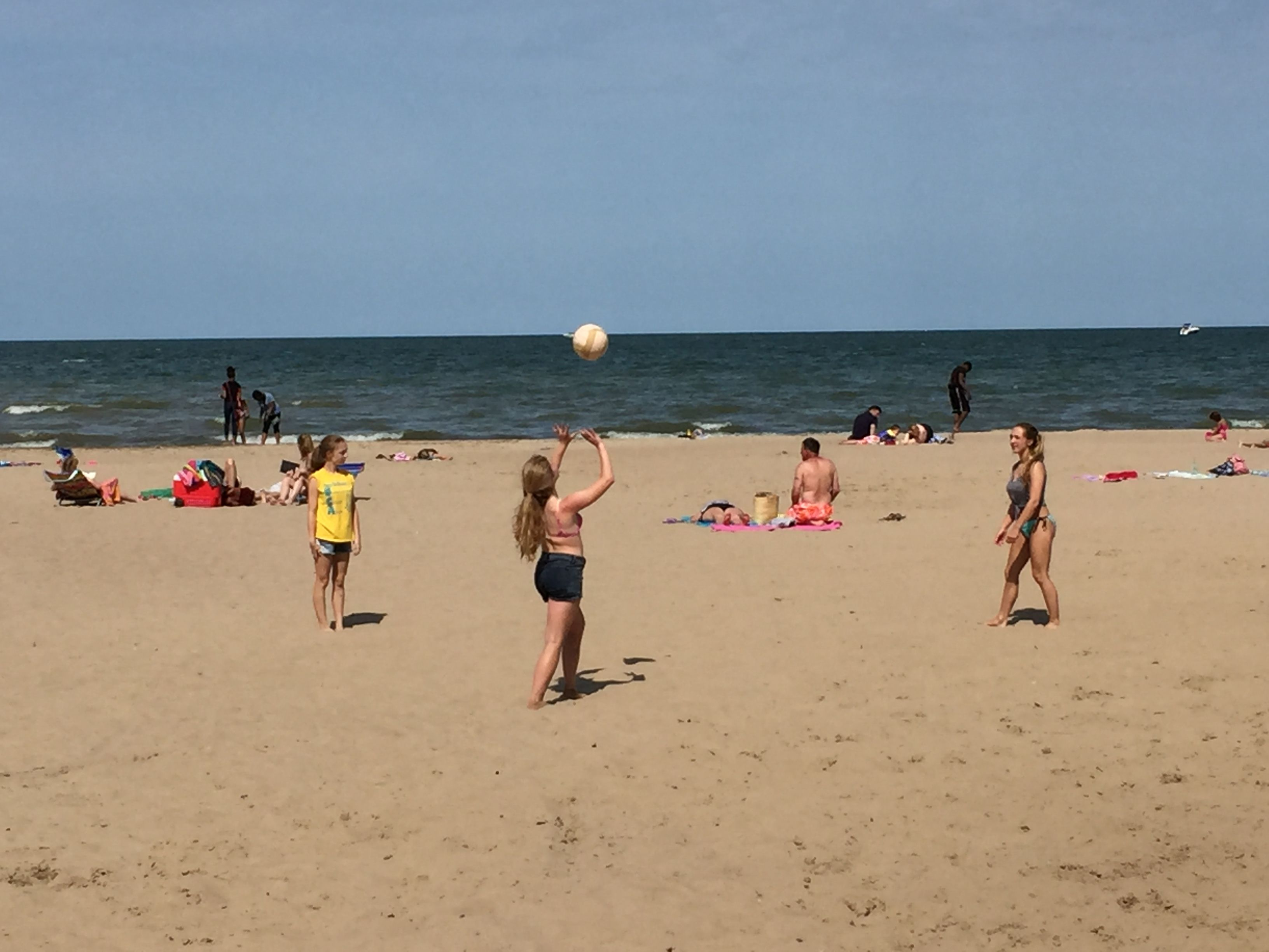 Lake Erie Beach Volleyball Outdoor Volleyball Net Volleyball Net Erie Beach