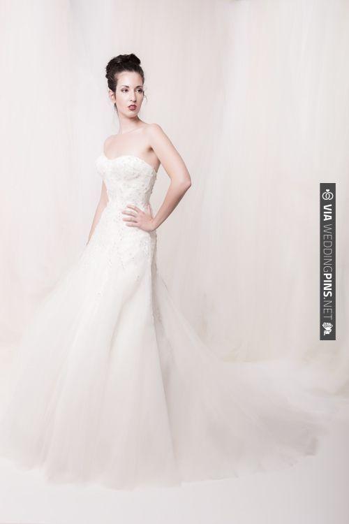 Sarah Houston lace dress   VIA #WEDDINGPINS.NET   Wedding Dresses ...