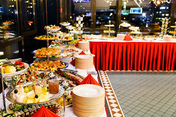 Live food stations: Latest Trend To Serve Wedding Food (With ...