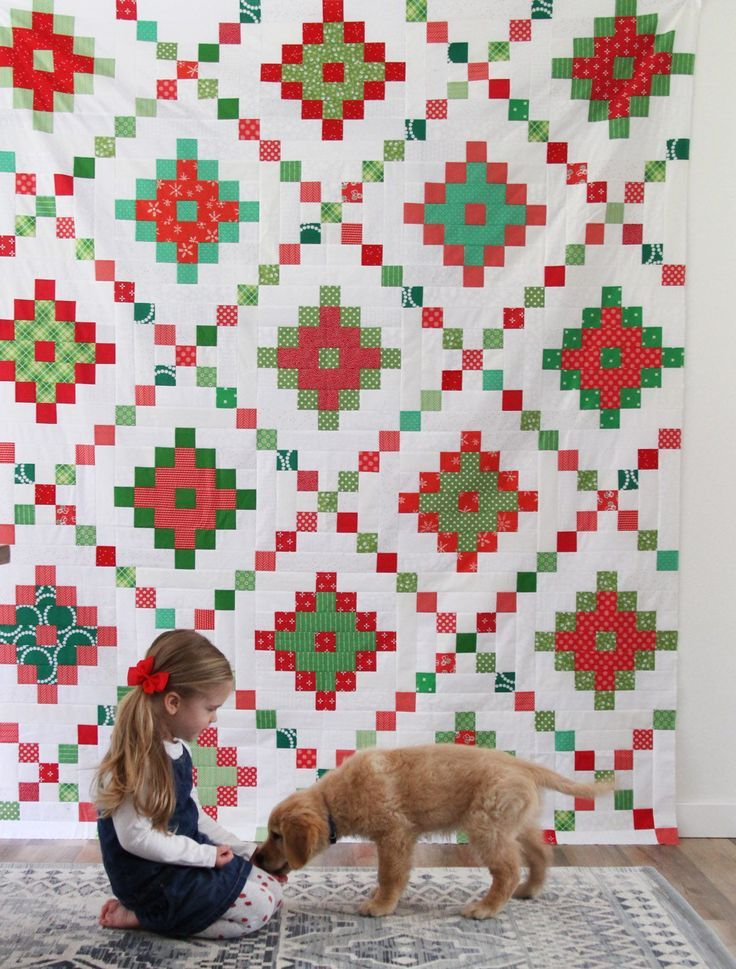 Easy Jelly Roll Christmas Quilt #jellyrollquilts