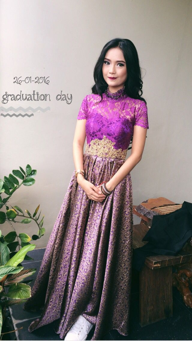 Photo of kebaya for my graduation day.. purple and gold.